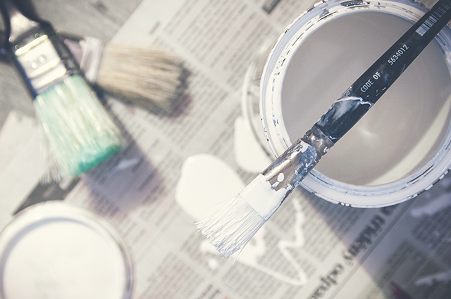 白・ベージュ系の外壁塗装の注意点